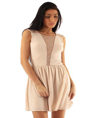 Robe patineuse rose nude
